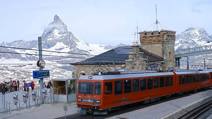 とっておきのスイス旅のメインビジュアル