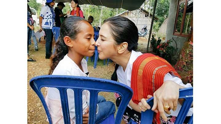 サヘル・ローズとインドネシアの少女の交流を追う 「遠い国のあなたへ~少女の笑顔が消えるその前に~」 BS12 トゥエルビ 9月29日(土)ひる2時30分~放送のサムネイル
