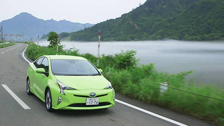 「未来愛車」の第7弾にトヨタ プリウスの登場が決定!のサムネイル