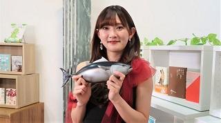 とにかく魚をさばきたいアイドル アンジュルム・川村文乃が高知愛を熱弁 10月1日(金)BS12「BOOKSTAND.TV」のサムネイル