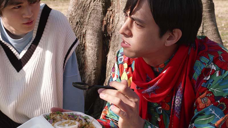 9皿目「チキンビリヤニとカレーパン」