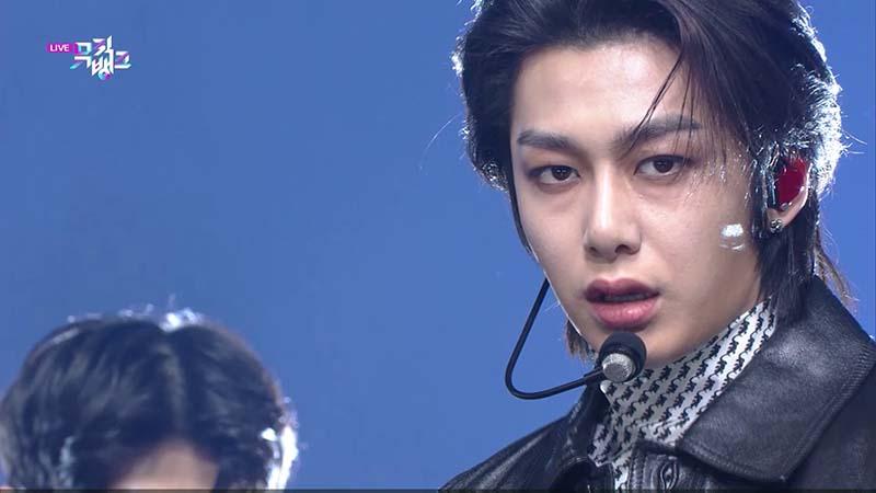 ミュージックバンク#1051(韓国放送2020年11月6日)