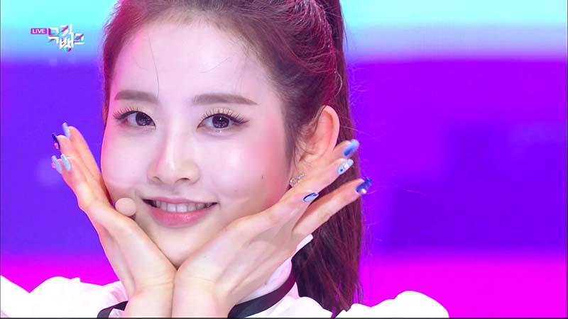 ミュージックバンク#1056(韓国放送2020年12月11日)