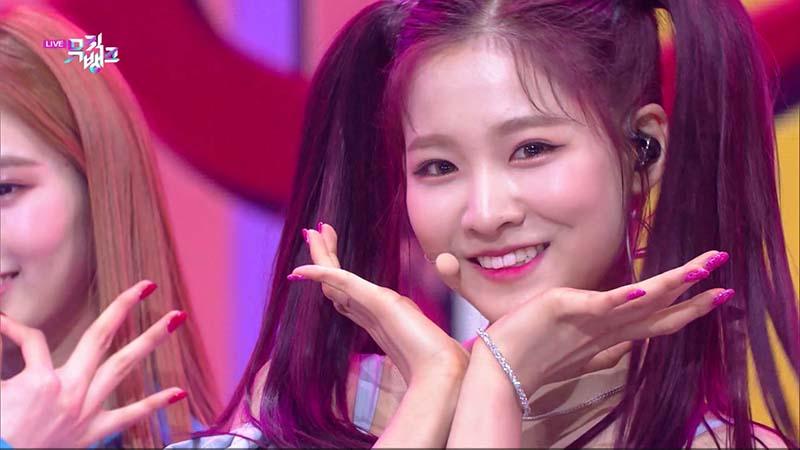 ミュージックバンク#1062(韓国放送2021年2月19日)