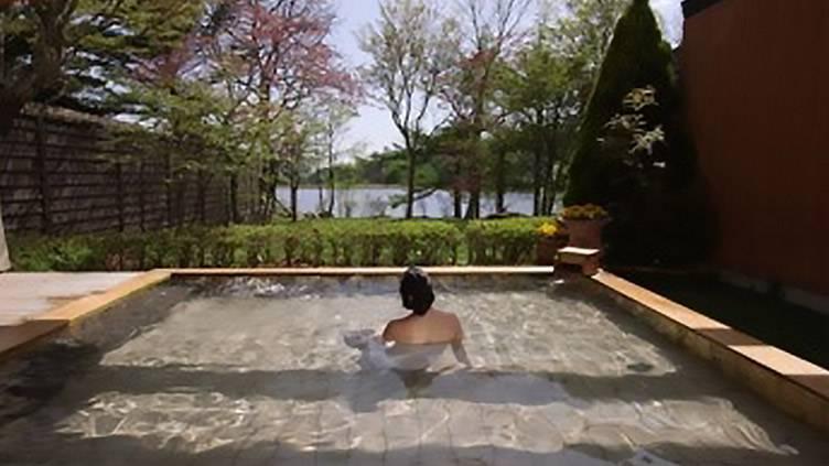 温泉グルメ大満足1泊5000円台!秘密のリゾート!