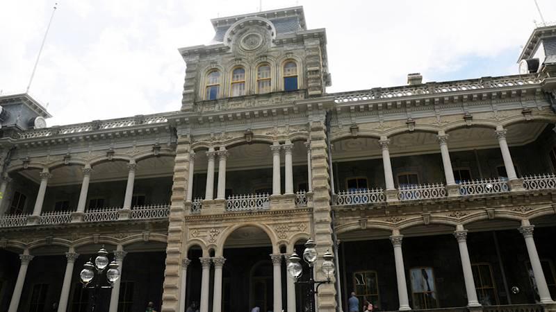 ガイドツアーでの見学がおすすめ イオラニ宮殿/Iolani Palace