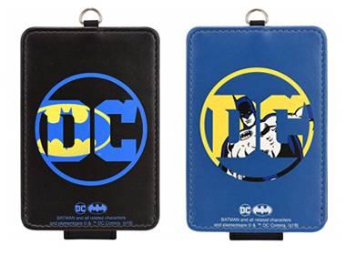 ICカードケース バットマン 黒色、青色(発売元:グルマンディーズ)