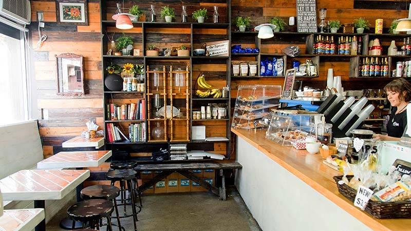巨大アートで有名な地区のおしゃれカフェ アロハ・ベイクハウス/Aloha Bakehouse