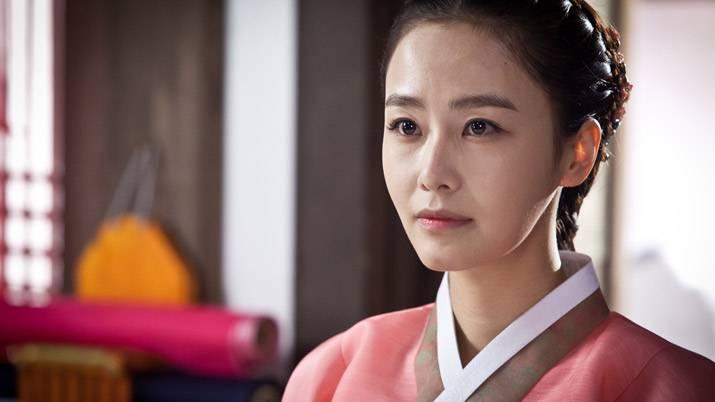 仁顕王后:ホン・スヒョン