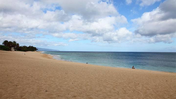 白砂の長い海岸! サンセット・ビーチ